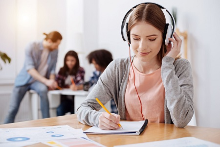雅思英语培训收费标准是多少